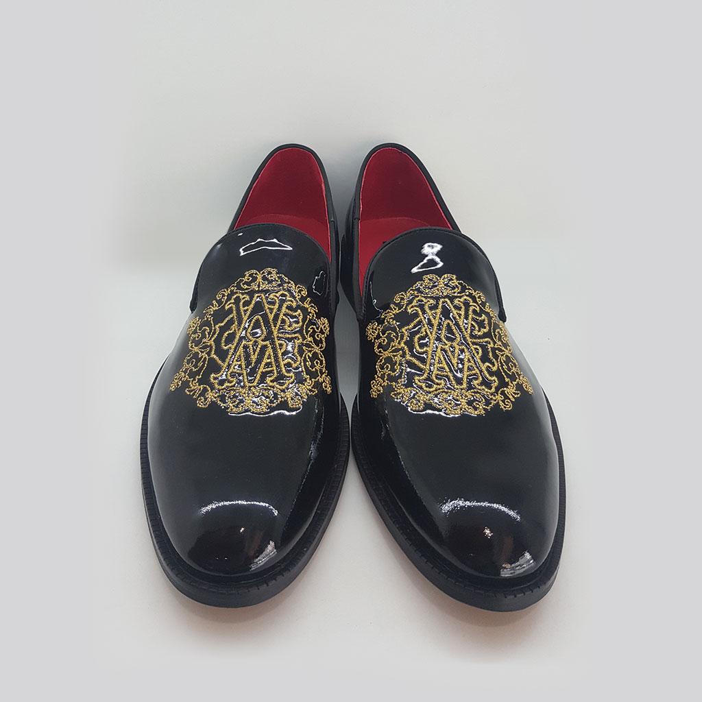 eb8f3f4e3b82 Мужские кожаные туфли и черный лак с золотой вышивкой — Von Goldenburg